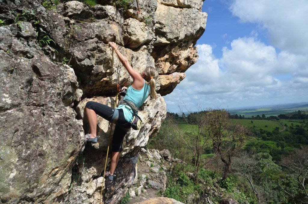 climbing-2240157_1920